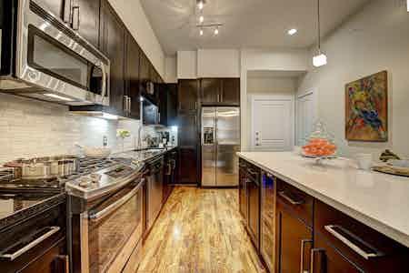 Houston  apartment HOU-567