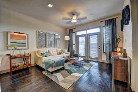 Houston  apartment HOU-556