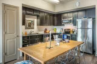 Dallas  apartment DAL-680