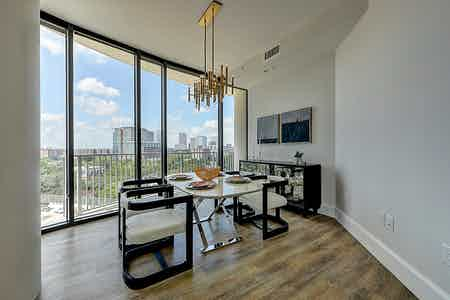 Houston  apartment HOU-803