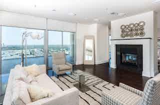 Dallas  apartment DAL-81