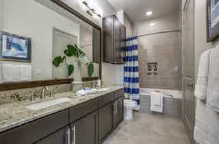 Houston  apartment HOU-825