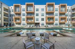 Dallas  apartment DAL-98